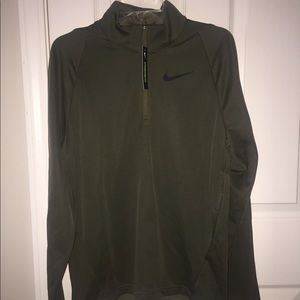 Nike Therma Zip Up Men's Small NWT Olive GREEN NWT
